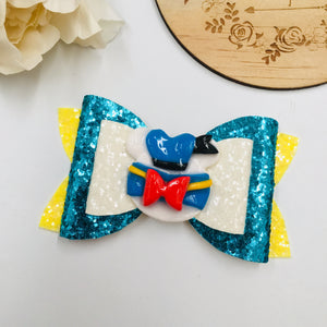 Donald Duck clay bow