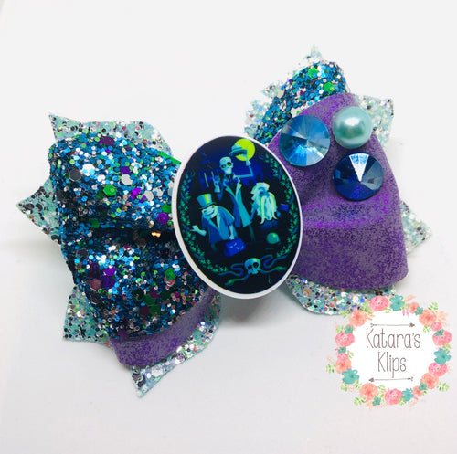 Halloween Hitchhiking Ghosts Bow