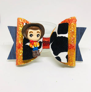 Deluxe Toy Story Woody Clay bow