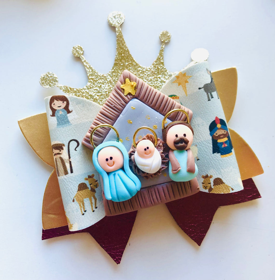 Christmas Nativity Crown Clay bow