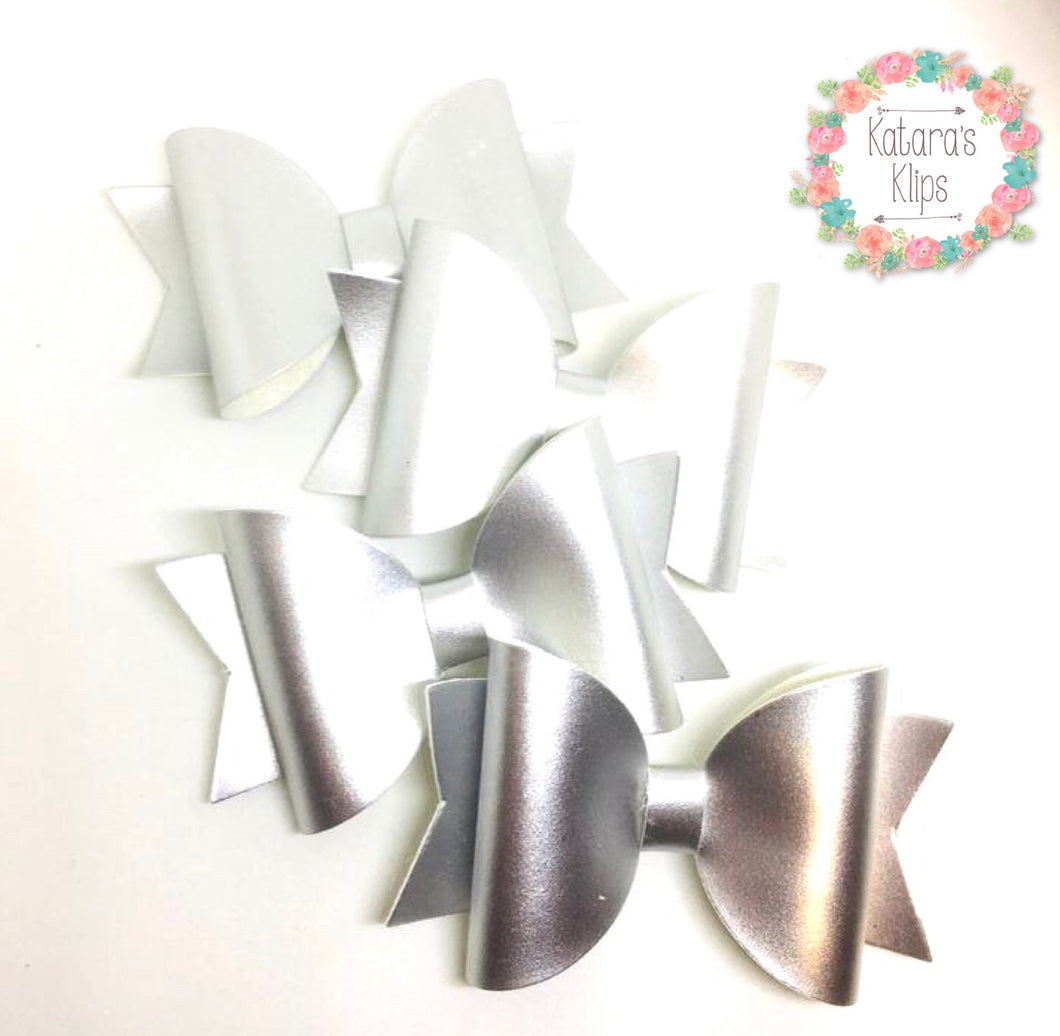 Simple Satin Silver bow