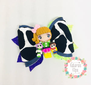 Cowgirl Girl Clay bow