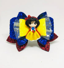 Load image into Gallery viewer, Deluxe Snow White Clay bow