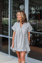 Load image into Gallery viewer, Turtleneck Sweater - Cinnamon
