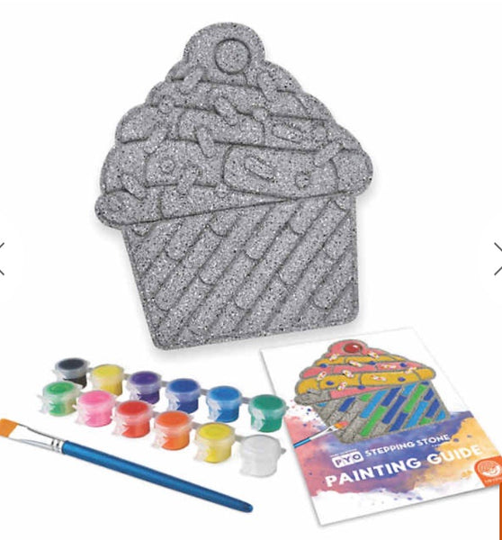 paint your own stepping stone - cupcake