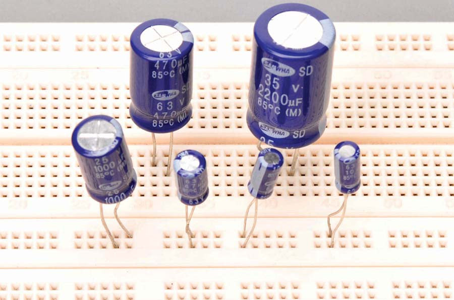 Capacitors, Max. Volts 25, Capacitance 470µF, pk of 10