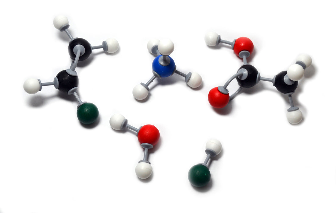 Eisco Labs Molecular Model Set - Basic Organic Chemistry (30 Atoms, 24 Bonds)