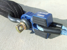 Load image into Gallery viewer, Factor 55 FlatLink Winch Shackle Mount Assembly