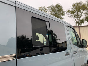 AM Auto Passenger Side Sliding Door Screened Half-Slider Window Sprinter Van 07-20