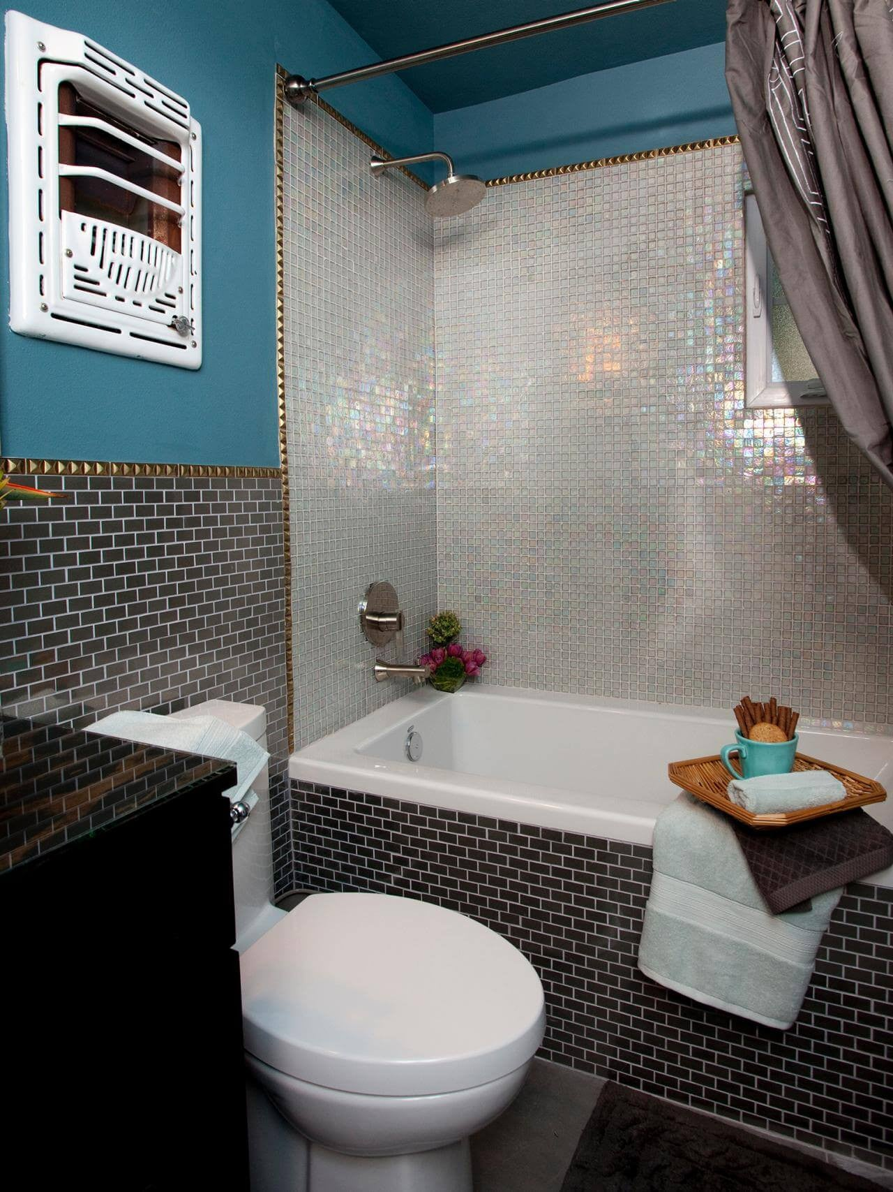 5 Decorating Ideas For Small Bathrooms: 50 Small Bathroom & Shower Ideas