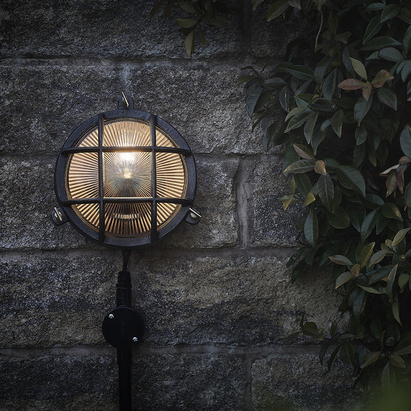 Black bulkhead industrial outdoor round wall light