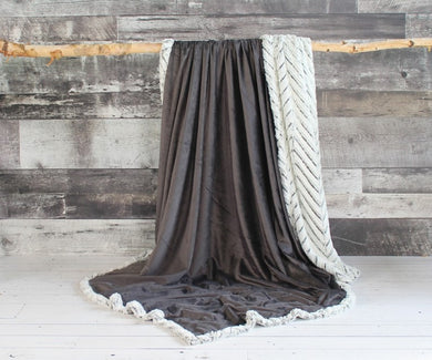Lux Faux Fur Throw (60x70)