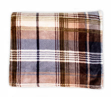 Load image into Gallery viewer, Classic Plaid Throw (60x70)