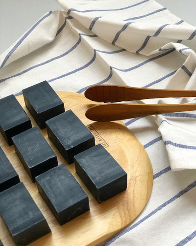 Facial Bar - Organic Charcoal (Detoxifies and Soothes)