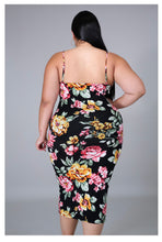 Load image into Gallery viewer, Beauty Maxi Flower Dress