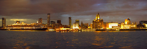 Queen Victoria across the Liverpool skyline - Gold