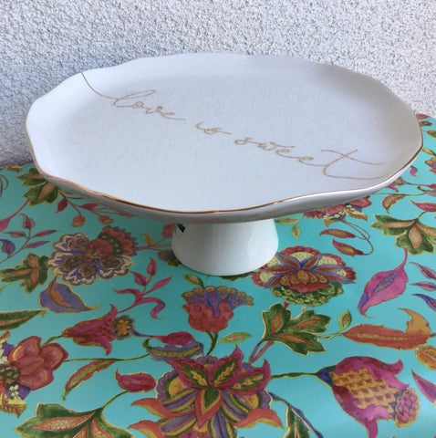 """""""Love is Sweet"""" Cake Stand"""