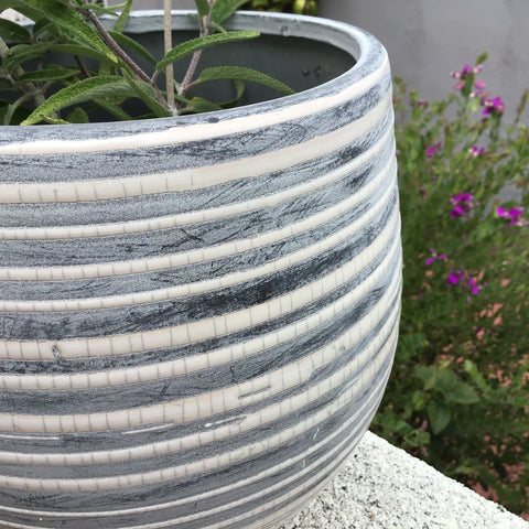 https://benchhome.com/collections/easter-spring/products/gray-white-striped-stoneware-pot
