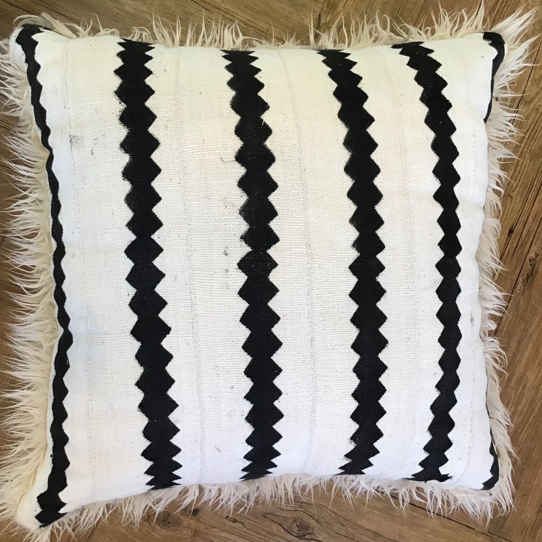 Cream & Black Zig Zag Pillow