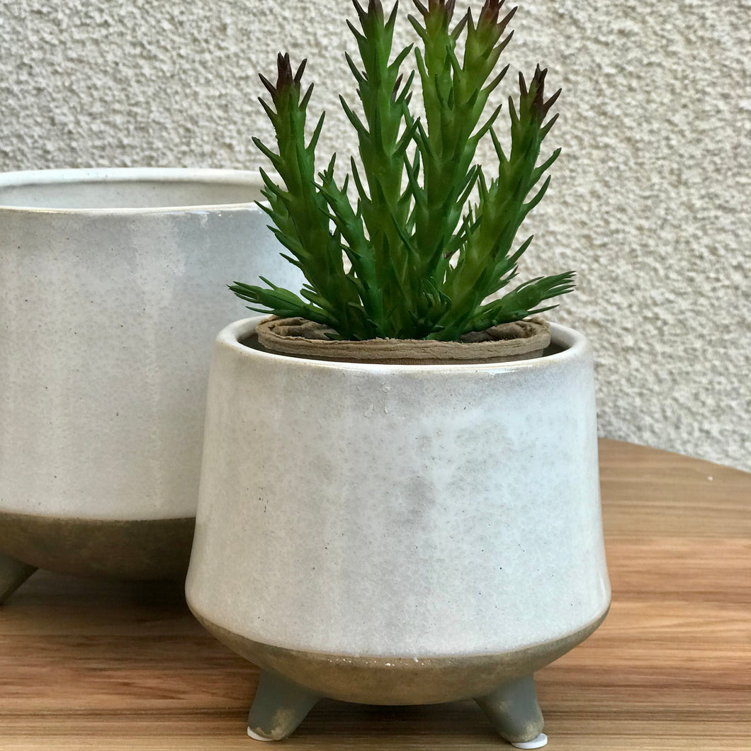 Footed Plant Pot | 2 Sizes