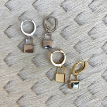 Load image into Gallery viewer, Darby Hoop Earrings | 2 Styles