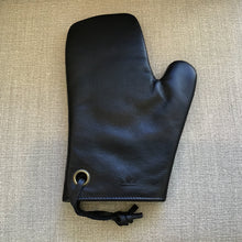 Load image into Gallery viewer, Leather Oven Mitt