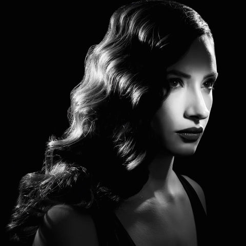 3 Speedlight Creating a Film Noir Image with Lindsay and Rogue 3-in-1 Flash Grid