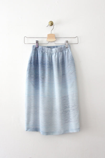 Waves Print Straight Skirt Sample