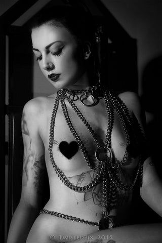 Chain Body Harness - Photography:Twisted Pix - Model:Luna Mae