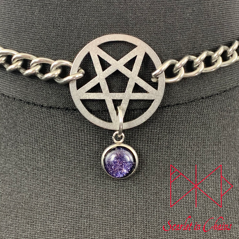 Stainless Steel Crystal Pentagram choker - Subtle day collar - Pentagram choker - Inverted pentagram necklace - Goth necklace - Pagan Shown Close Up