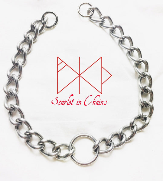 stainless steel chunky chain choker with stainless steel O ring. finished with 2 o rings at the end ready for a padlock