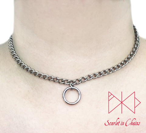 stainless steel micro chain day collar with O ring pendant worn