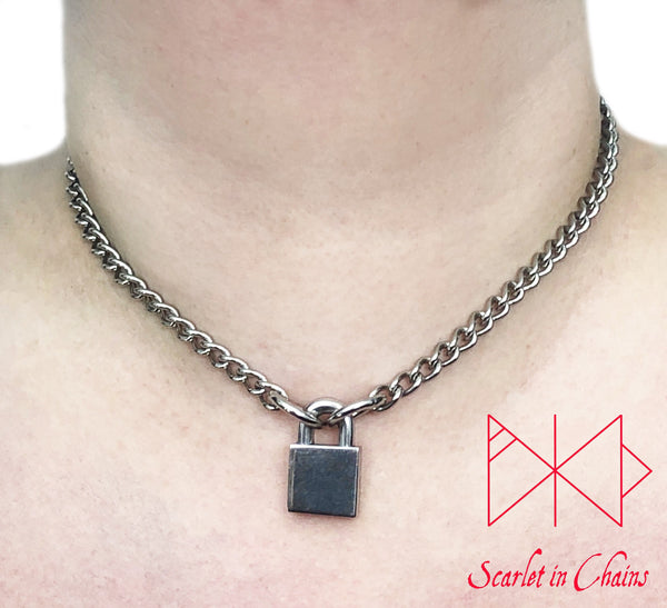 stainless steel chain choker with stainless steel padlock worn