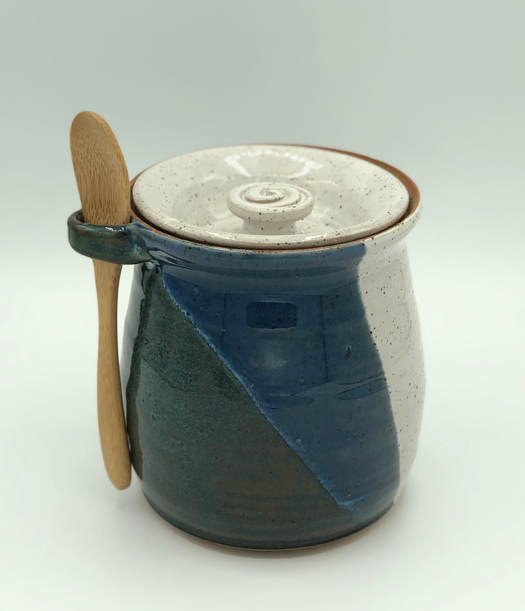 Honey Pot, Blue + White