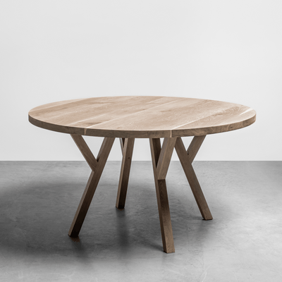 Hoom Gloria Solid Oak Round Dining Table