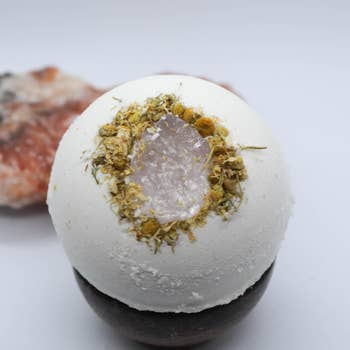 Lotus Lava Crystal Bathbomb