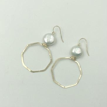 Pearly Girls Gold-filled Hoops with Coin Pearl