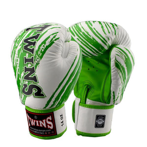 Twins Special Fancy Green Gloves