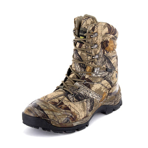 With the hunter in mind/we also gave these hunting boots for men an all over Daybreak Camo print/200 grams of Thinsulate insulation/a protective toecap/heel reinforcement/a waterproof membrane.
