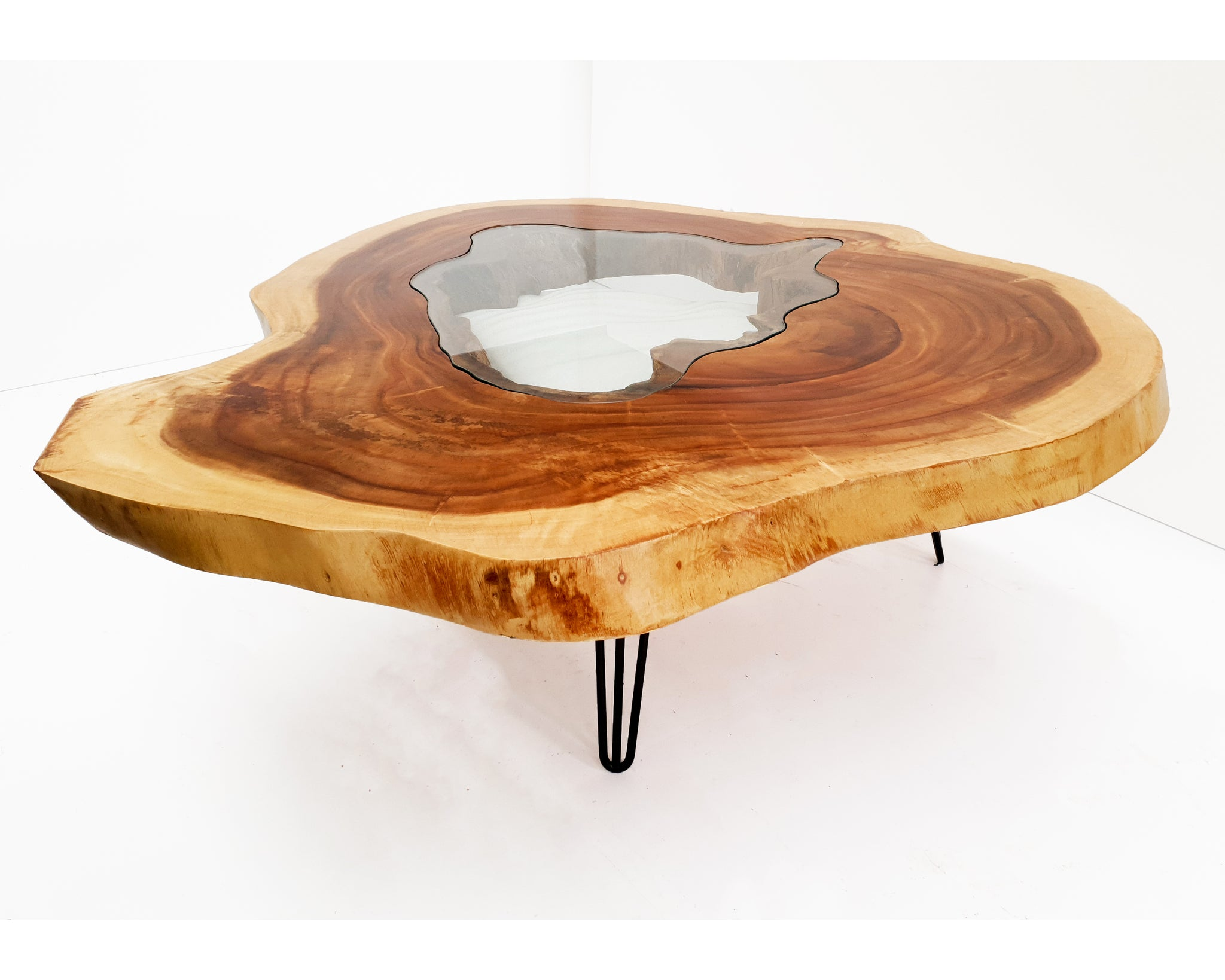 RTG001- Round Live Edge Glass Fitted Dining Table