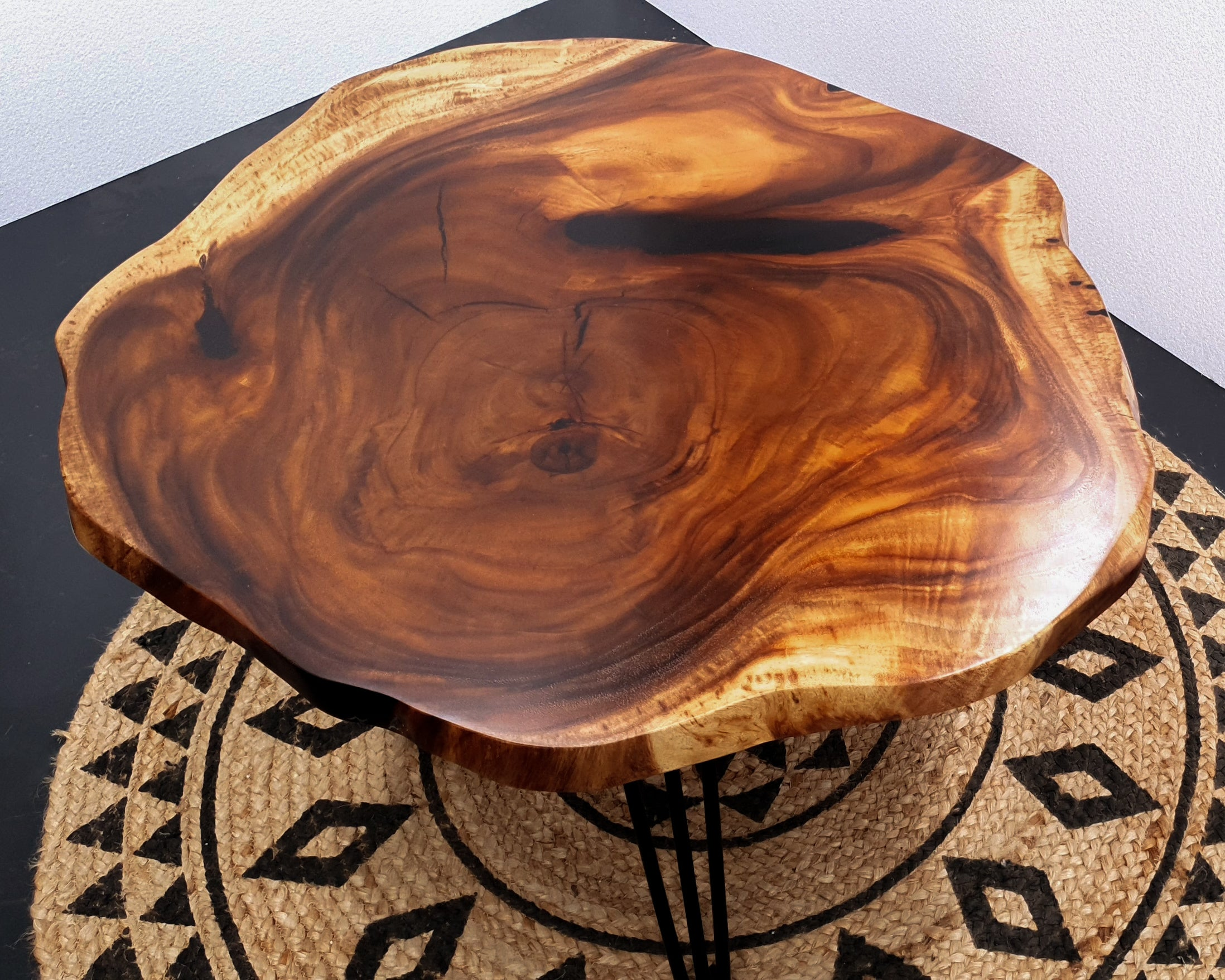 COF015- Unique Round Live Edge Lounge Room Coffee Table