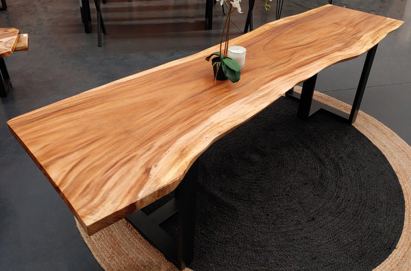 LAD027 - Live Edge Monkey Pod Tabletop