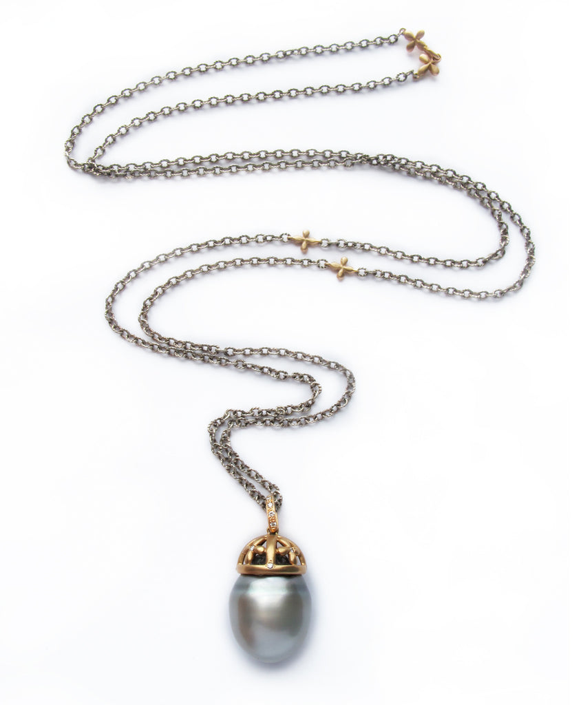 Mixed metals Grey Pearl Necklace