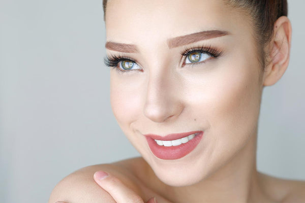 Go from bare faced to stunning in 5 minutes with false eyelashes