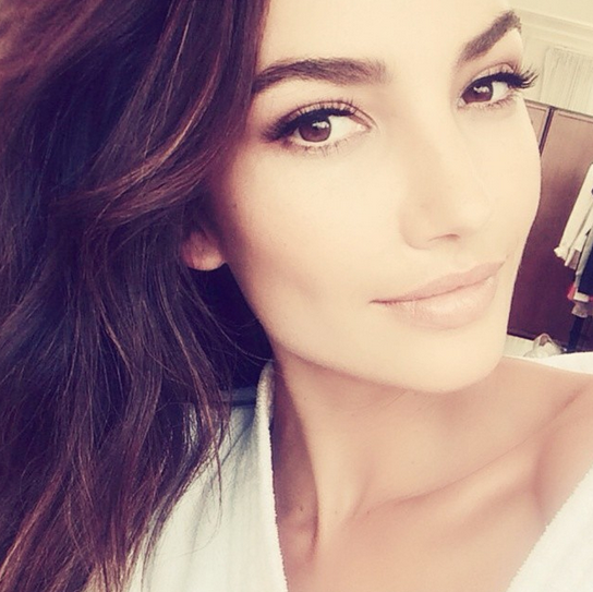 Makeup Artists' Favorite ESQIDO Lashes For Top Model Lily Aldridge