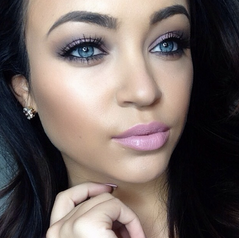 Apply false lashes to achieve a perfect date night look