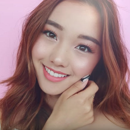 Jenn Im wearing ESQIDO Oh So Sweet mink lashes