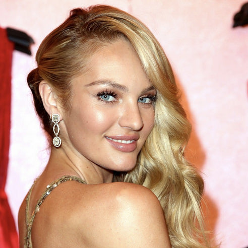 Candice Swanepoel wearing ESQIDO BFF mink lashes