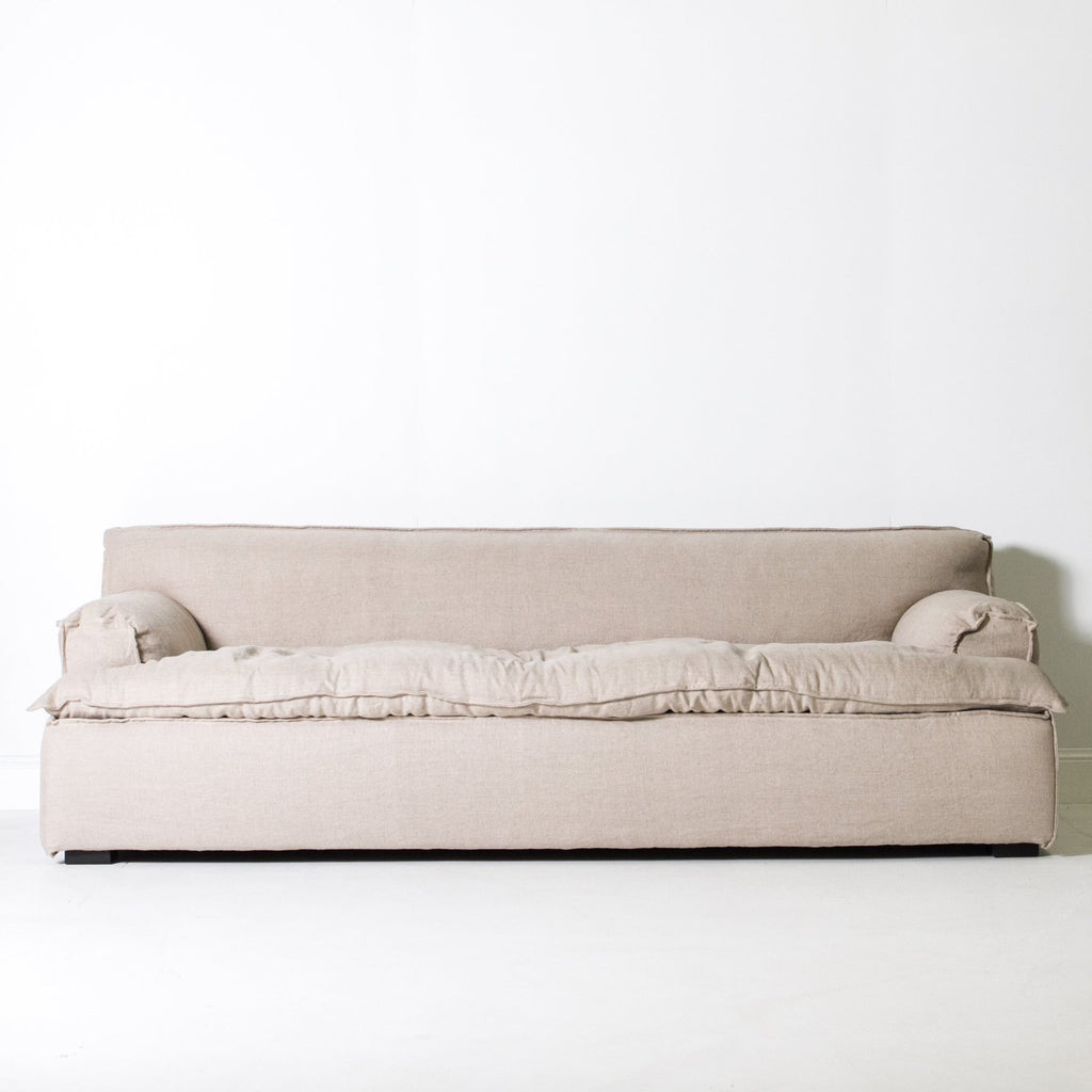 Bay Sofa: Natural