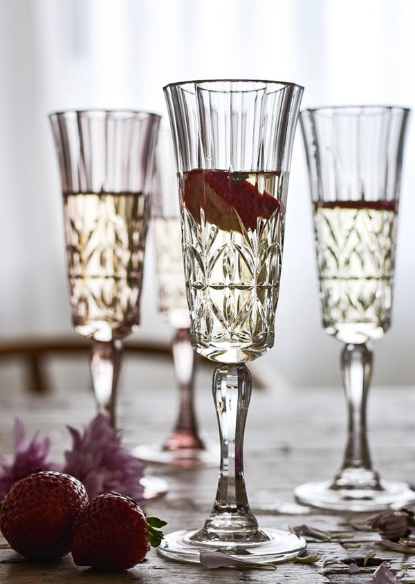 Flemington Acrylic Champagne Glass: Clear